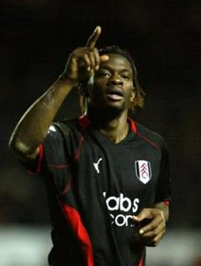 Fulham striker Louis Saha gets a brace but he is not able to save Fulham
